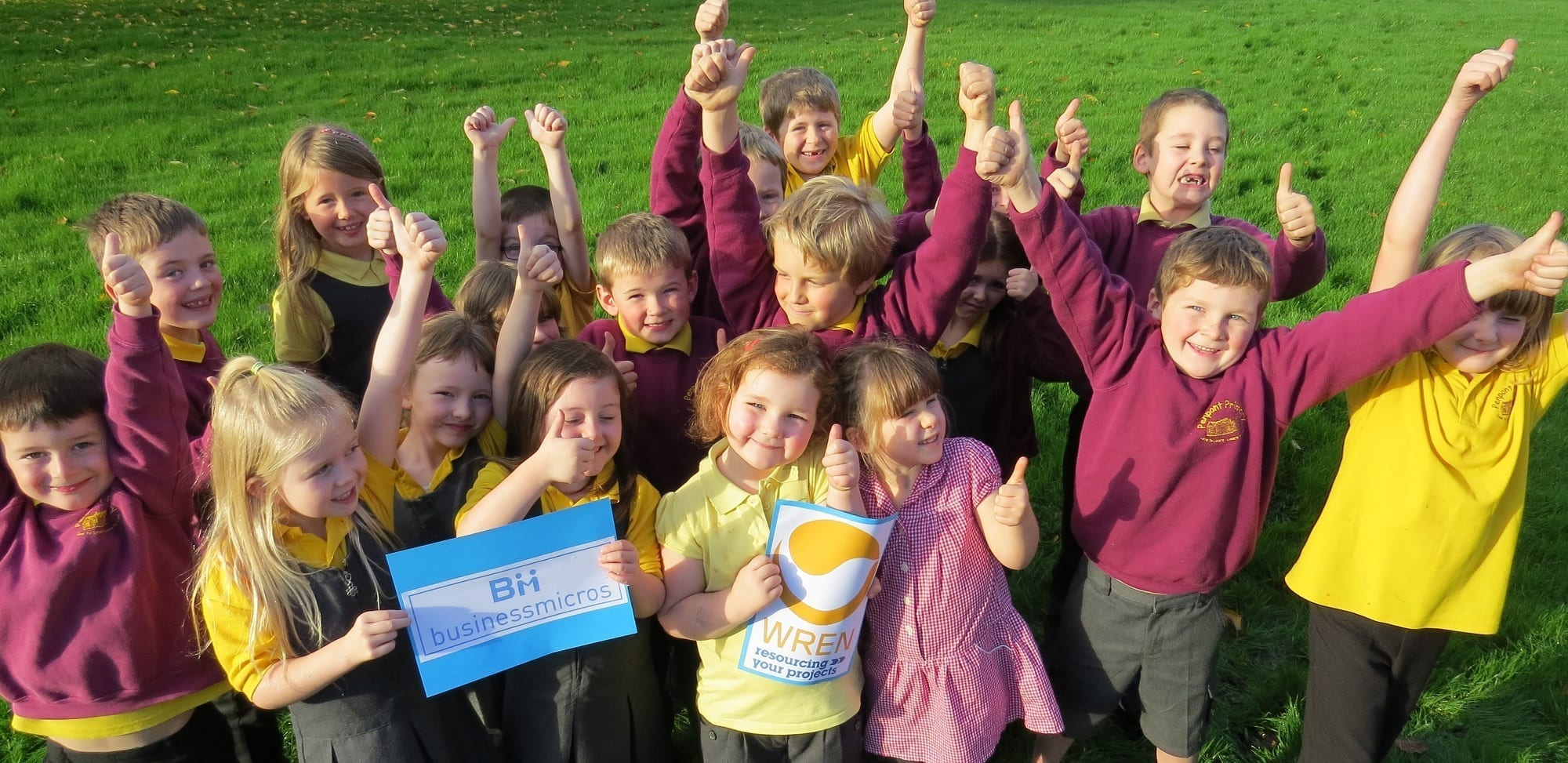 Business Micros   Group of excited children reduced
